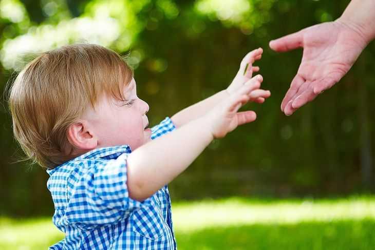 Как правильно одевать ребенка в любую погоду - советы как правильно одевать малыша на прогулку (110 фото)