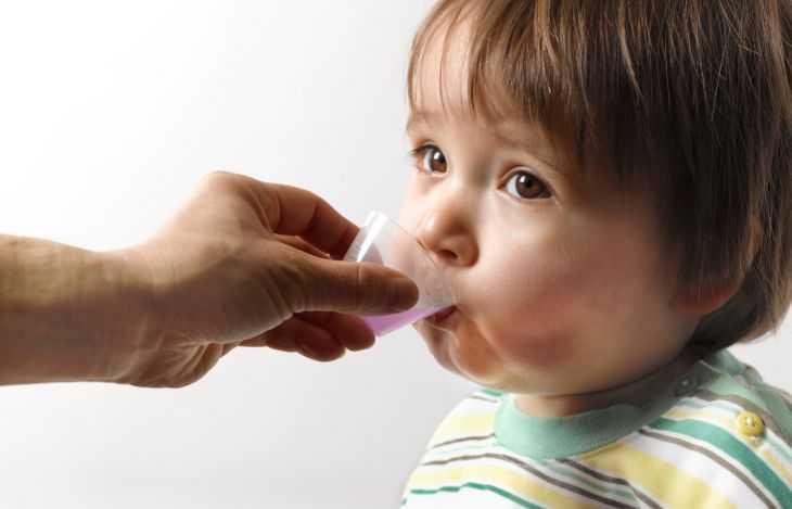 Первые симптомы кашля у грудничков - причины, виды, особенности и советы чем лечить кашель и простудные заболевания (125 фото)