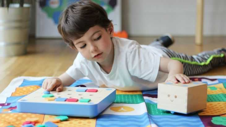 Советы как легко и с пользой занять ребенка: основные способы как увлечь правильно и занять ребенка (145 фото и видео)