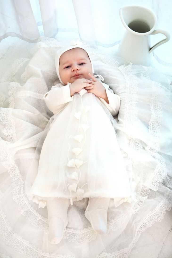 Одежда на выписку для ребенка: советы как правильно одеть ребенка зимой, летом, весной и осенью (125 фото примеров)