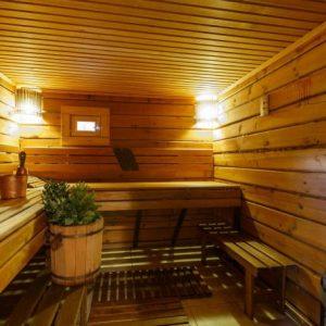 Стоит ли посещать баню детям: польза, вред, простые правила и с какого возраста и при каких температурах можно посещать баню или сауну (70 фото)